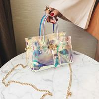 şeffaf jöle çantaları toptan satış-Yeni trend kadınlar Renkli Şeffaf Jöle pvc Lazer çanta Omuz zinciri Messenger Çanta Plaj parti mini çanta yansıtacak