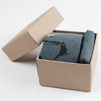 pañuelo para hombre al por mayor al por mayor-venta al por mayor de algodón para hombre corbata 6 cm corbata + pañuelo / bolsillo cuadrado + corbata + conjunto de caja de regalo impresa pájaro animal corbata de plumas para hombres