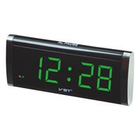 зеленые часы оптовых-1.4-дюймовый LED таймер тонкий большой дисплей настольные часы .синий зеленый красный цвет рабочего стола с AC power EU plug .Родителям нравится будильник