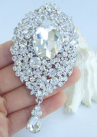 damla broş toptan satış-Sıcak Büyüleyici Gelin Damlası Çiçek Broş Pin w Temizle Rhinestone Kristaller EE04882C1