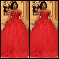 Wholesale prom dresses sweethart - Red Dress Prom Dresses Beaded Sleeveless Ball Gown Sweethart Evening Gowns Tiered Ruffle Formal Occasion Party Gowns 2018 New Arrival