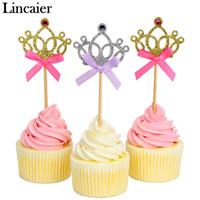 prinzessin krone partei liefert großhandel-Lincaier 10 Stück Ziemlich Prinzessin Crown Cupcake Topper Hochzeit Geburtstag Dekorationen Kinder Baby Shower Boy Girl Party Supplies