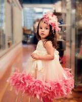 kleinkindkleid weiße federn großhandel-2018 Schöne Kleinkind Weiß und Rosa Feder Mädchen Festzug Kleider Tutu Tee-Länge Blumenmädchen Kleider Vestido Prom Kleider