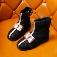 botas de niña de lentejuelas de invierno al por mayor-Botas de lentejuelas Bow Girls '2018 invierno primavera y otoño botas individuales moda infantil princesa británica XXP7