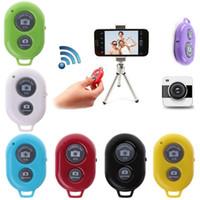 drahtlos gebaut bluetooth selfie stick groihandel-Selfie-Stick Bluetooth Ausziehbarer kabelloser Selfie-Stick mit Stativ und integriertem Fernauslöser für das iPhone