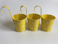 железная стена висит цветок плантатор оптовых-Желтый висит ведро настенный плантатор железный крюк горшки цветок ванна декоративные металлические плантатор точка дизайн
