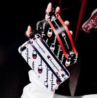 ip halatları toptan satış-Buzlu Gerilebilir Bilezik Arka Kapak Kılıf Moda Marka Baskılı Mektup Şampiyonu Mat Bilek Kayışı Halat Koruyucu iPhone XS Max XR 6