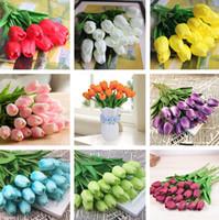 ingrosso decorazioni di nozze tulipani-Tulipani colorati Fiore imitazione PU Fiore Festival di nozze Soggiorno camera da letto Fiori decorativi Decorazione della casa T2I246