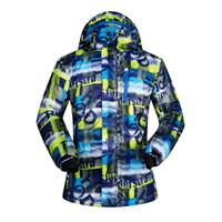 venta de ropa de esquí al por mayor-Venta caliente de los hombres chaquetas de esquí acampar al aire libre senderismo ropa de invierno a prueba de viento a prueba de agua esquí snowboard masculino capa de la caza