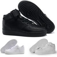 cut shoes al por mayor-Discount One 1 Dunk Hombres Mujeres Buenas zapatillas deportivas Skateboarding Ones Shoes High Low Cut White Black Zapatillas deportivas Sneakers