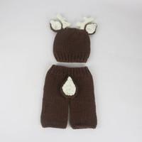 ingrosso cervo beanie baby-2018 Baby Outfits Deer Newborn Fotografia Accessori fatti a mano all'uncinetto Baby Beanie Cappelli e pantaloni per foto Puntelli Baby