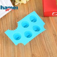 mavi tepsi toptan satış-Mavi Silikon Çikolata Kalıp Karikatür Hayvan Köpekbalığı Yüzgeçleri Şekil Buz Makinesi Kalıp Yapışmaz Ices Küp Tepsi Dayanıklı 2 5hm B