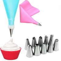 Wholesale rubber piping bag resale online - 2018 New Fashion12 set Silicone DIY Icing Piping Cream Pastry Bags Nozzle Set Cake Decorating Tools
