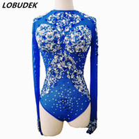 roupas de festa venda por atacado-Macacão feminino Bodysuit sexy traje Brilhante Cristais strass azul Collant para cantor dancer nightclub Stag Partido Outfit