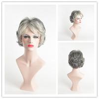 ingrosso parrucche grigie ricci-Parrucca da donna con capelli grigi, parrucca nera, capelli sintetici bianchi, capelli sintetici resistenti al calore, parrucche grigie