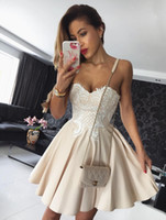 Wholesale evening cocktail dresses online - 2018 Hot Champagne Homecoming Dresses Evening Wear Sweetheart Neckline Puffy Cocktail Dress Lace Applique Short Prom Gowns Cheap