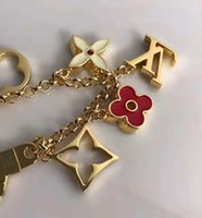 Wholesale keychain good for sale - Group buy Good Quality Fashion Flower Keyring Famous Designer Keychain Stainless Steel Leather Accessory Car Keychains for Gifts with Box