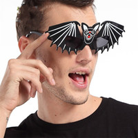 Wholesale Toy Bats Halloween - Funny Glasses Horrible Bat Unique Design For Halloween Masquerade Decoration Props Special Shape Fashion Sunglasses New Arrive 8 5sf Z