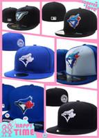 şapka stilleri toptan satış-2018 Yeni erkek Toronto takılmış şapka alan stili üzerinde düz Brim embroiered karakter logosu hayranları beyzbol Şapka toronto ile tam kapalı Chapéu ...
