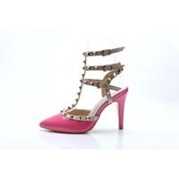 zapatos de vestir chica sexy al por mayor-Mujeres tacones altos bombas zapatos de vestir zapatos de boda fiesta de moda remaches sexy punta estrecha zapatos niñas hebilla de plataforma