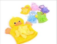 serviettes de grenouille achat en gros de-Animaux de bande dessinée enfants gant de bain copain canard grenouille lapin amusement enfants lavage gants de bain bébé bain rub serviette