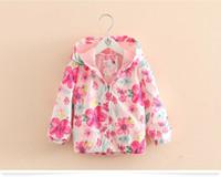 trençkot butiği butik toptan satış-Butik 3-8 T bebek kız pembe Çiçek fermuar coat kapüşonlu ceket Güneş koruyucu giysi çocuk giyim