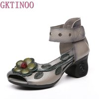 Wholesale ethnic sandals - 2018 Women Thick Heels Sandals Flower Ethnic Style Summer Handmade Genuine Leather Shoes Personalized Women Sandal