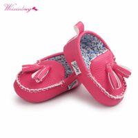 кулон для девочки оптовых-Moccasin First Walkers Toddler Prewalker Shoes Baby Boy Girl Pu Tassel pendant Leather Autumn Fashion Newborn Baby Shoes