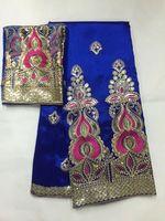 altın dantel bahçesinde toptan satış-5 Yards Yeni moda kraliyet mavi afrika George dantel kumaş ile altın pul ve 2 yards için net dantel giysi için JG18-4