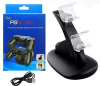 xbox ücret kiti toptan satış-Mavi Lazer Işığı ÇIFT LED USB ChargeDock Yerleştirme Cradle İstasyonu Sony Playstation 4 PS4 Oyunu kablosuz Denetleyicisi için Standı Şarj