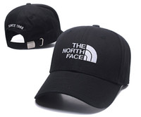 yaz şapkaları erkek toptan satış-2018 Yeni golf erkek tasarımcı şapka snapback beyzbol kapaklar lüks lady moda şapka yaz trucker casquette kadınlar nedensel top kap yüksek kalite