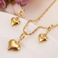 charme mädchen porzellan großhandel-24 k Gelb Solid Gold Filled Schöne Herz Anhänger Halsketten Ohrringe Frauen Mädchen Partei Schmuck Sets Geschenke DIY Charme