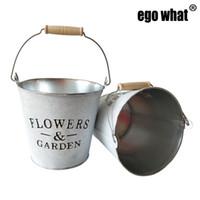 Wholesale media desktop - D16xH14.5CM Big Rustic Metal pail garden bucket tin pail Iron pots White color flower planter wedding bucket