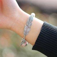 bijoux en argile naturelle achat en gros de-Pierres naturelles argent plume bracelets avec boule d'argile hommes bracelets femmes wrap bijoux accessoires