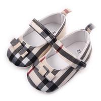 botas de goma viejas al por mayor-Niños Niños Chicas Rejilla Zapatos de Bowknot Primeros caminantes Bebes Zapatos Ninas Zapatos de bebés para bebés recién nacidos