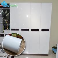 dekoratif kendinden yapışkanlı toptan satış-Inci Beyaz DIY Dekoratif Film PVC Kendinden yapışkanlı Duvar kağıdı Mobilya Yenileme Çıkartmalar Mutfak Dolap Su Geçirmez Duvar Kağıdı