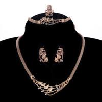 ingrosso catena della collana a forma di serpente-intera venditaExquisite Snake Chain Necklace Earrings Bracelet Anelli Set di gioielli con forma di congedo