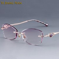 marcos de lentes titanium purple mujeres al por mayor-Yi Jiang Nan Marca Diamond Trimmed Rimless Anteojos de titanio Marcos Mujeres Fashion Glasses Rhinestone Purple Lenses