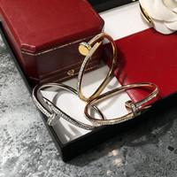 acero fino al por mayor-Promoción loca 2018 nueva moda de acero inoxidable Marca de lujo pulseras del clavo para las mujeres completo CZ love bangle joyería fina
