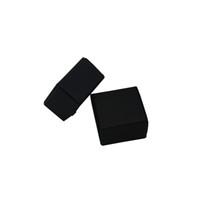 kutu incileri toptan satış-4 * 4 * 2.5 cm Küçük Siyah Kraft Kağıt Kutusu 50 adet / grup Hediye Paketi Kutuları Toptan Takı Inci Parti Çikolata Ambalaj Dekorasyon Kağı ...