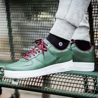Wholesale mini court - 2018 Mini One Skateboarding Shoes HongKong HK CY Mens Womens Classic Fashion Casual Outdoor Trainers Sport Sneakers Green