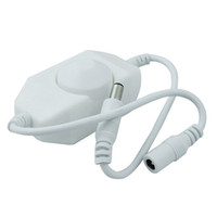 weißes geführtes streifenlichtdimmer großhandel-LED Dimmer Helligkeitsregler für 3528 5050 5730 5630 Einfarbige Lichtleiste DC 12V 24V Schwarz Weiß