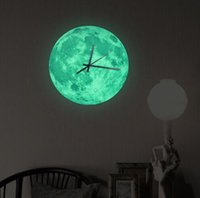 arte personalizado al por mayor-Envío gratis Glow in the Dark Moon Reloj de pared, Romántico Moon Moon Home Decor, movimiento de barrido de cuarzo, Silence for Bedroom