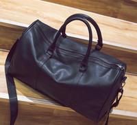 porter sac de sport achat en gros de-60CM grande capacité femmes sacs de voyage classiques vente chaude hommes de haute qualité épaule sacs polochons portent sur les bagages
