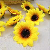 künstliche sonnenblumen köpfe großhandel-100 STÜCKE 7 cm Silk Sunflower Handmake Künstliche Blüte Hochzeit Dekoration DIY Kranz Geschenkbox Scrapbooking Handwerk Gefälschte Blume