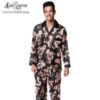 conjuntos de pijama para casais venda por atacado-Nobel Mens Pijama Set 2017 Novo Casal Pijama de Luxo Homens Pijama Sleepwear Marca de Manga Longa Calças Terno Casa Roupas TZ070