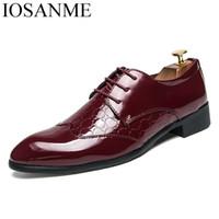 hombres de zapatos con punta fresca al por mayor-Zapatos de los hombres de piel de serpiente brillante acentuado de charol fresco diseñador cómodo de la boda calzado masculino brogue zapatos oxford para hombres