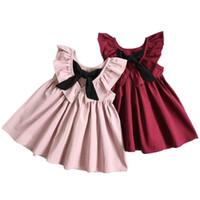 vestidos de lótus venda por atacado-2017 bebê verão meninas profundo decote em v plissado halter dress bow folha de lótus crianças princesa dress crianças roupas c2283