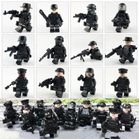 Wholesale toy military soldiers online - 12 City SWAT Figures Model Weapons Building Blocks Guns Blocks Army Soldiers Accessories Bricks Military Toys for Boy