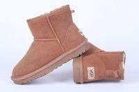 botas de invierno para hombres al por mayor-Entrega gratuita HOT Fashion 2018 Classic WGG Marca hombres invierno popular Australia mini botas botas de cuero genuino Moda hombres botas de nieve